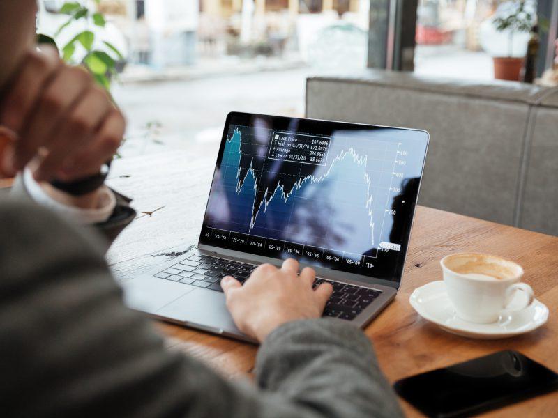 Auswahl eines Online-Aktien-Brokers, ein paar Tipps für deutsche Trader, die nach einer neuen Option im Markt suchen